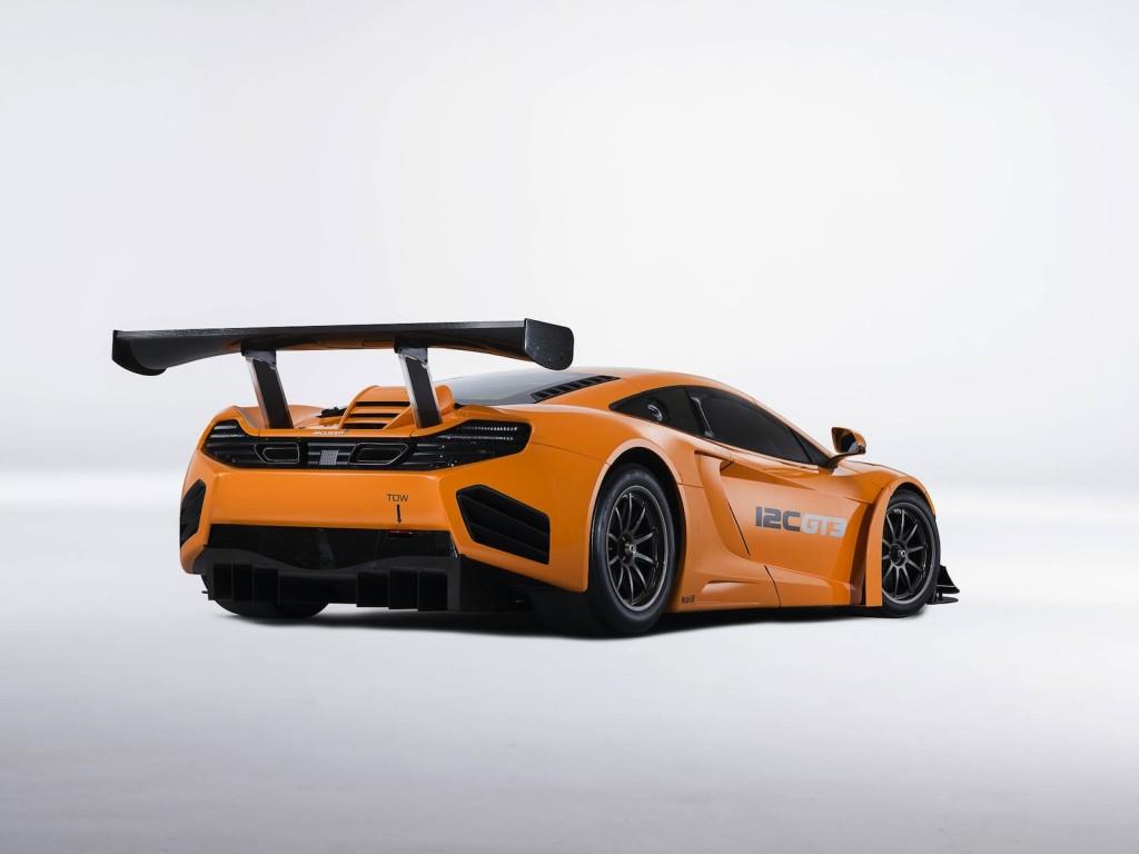 McLaren's 12C GT3, enhanced for the 2013 season - image: McLaren