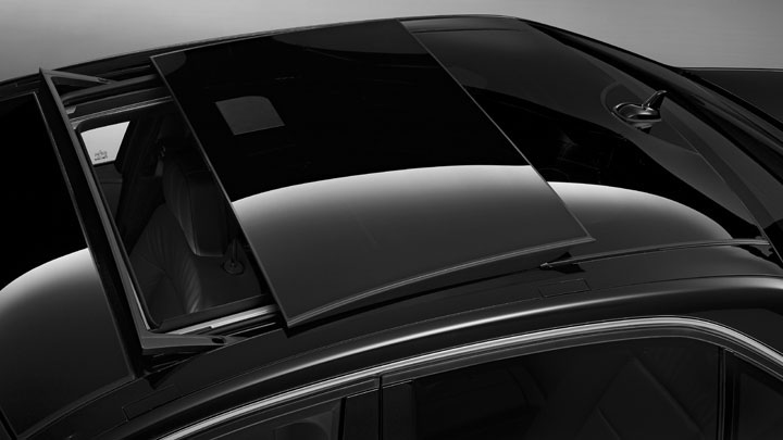 Image Mercedes Benz Panorama Sunroof In E Class Size