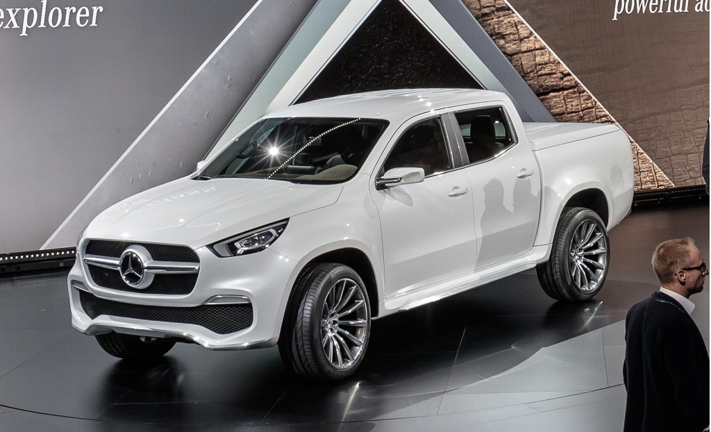 Image mercedes benz x class pickup truck concept size for Mercedes benz pickup truck