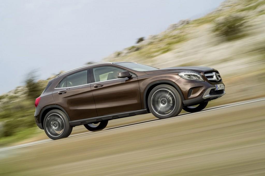 2015 Mercedes-Benz GLA-Class Video Road Test