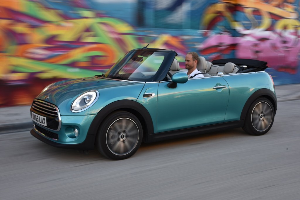 Toyota Virginia Beach >> Distracted Drivers, 2016 Toyota Land Cruiser, 2016 MINI Convertible: What's New @ The Car Connection