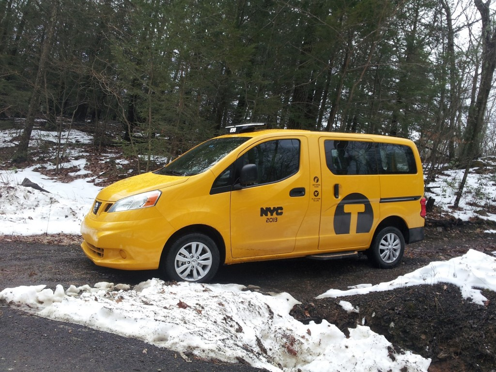 Nissan NV200 'Taxi of Tomorrow' in New York City livery, road test, Dec 2013