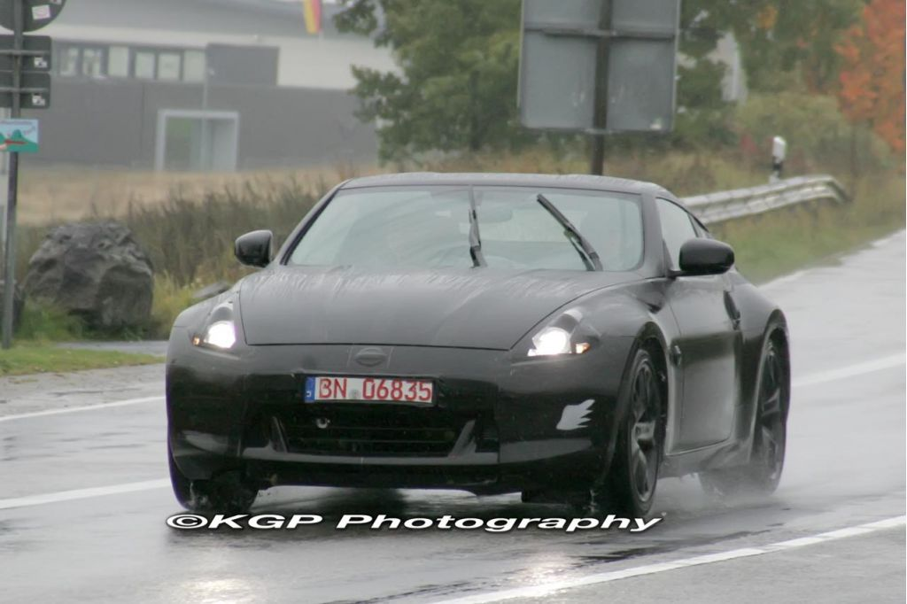2010 Nissan 370Z spy shots