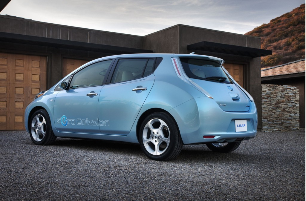 Preview Drive: 2011 Nissan LEAF EV Prototype