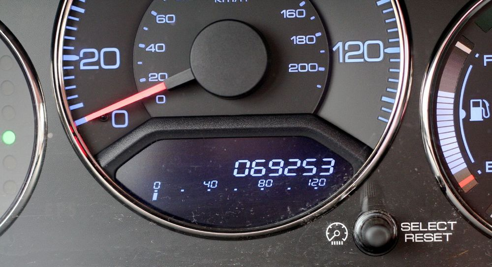 Odometer Fraud Is Still Rampant: Look Out For These Signs