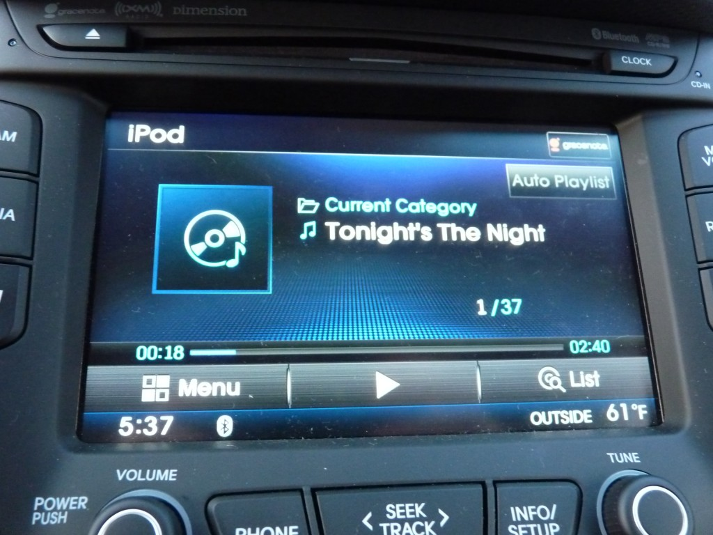 Pandora playing over USB  -  in 2012 Hyundai Veloster