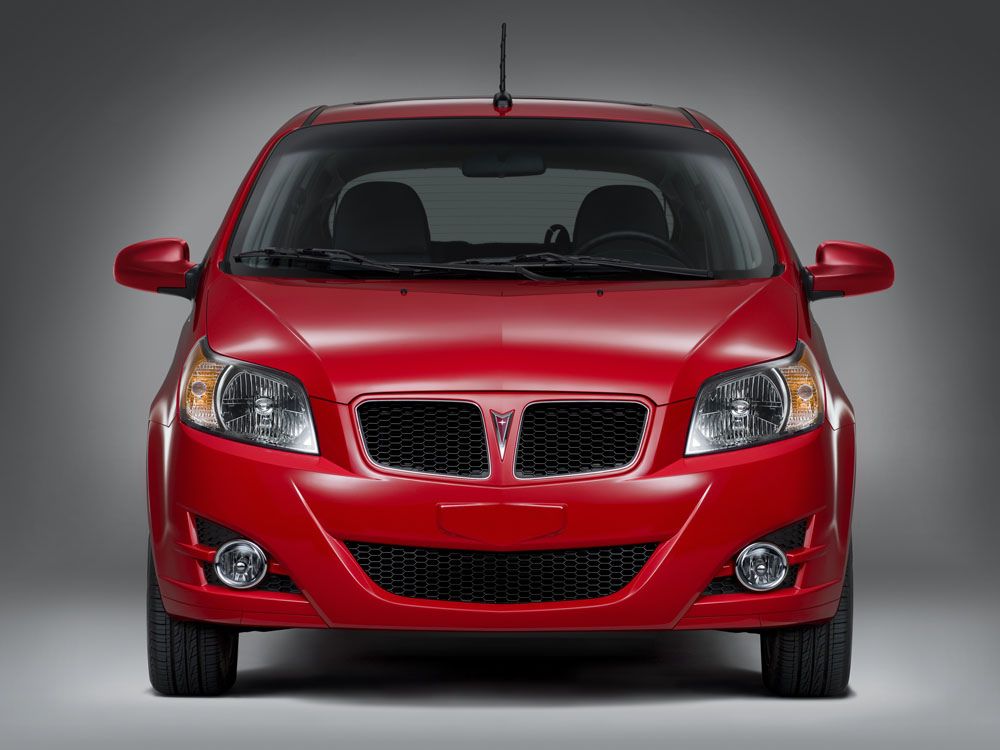 "Pontiac G3 Emphasizes Economy, ""Sporty Styling"""