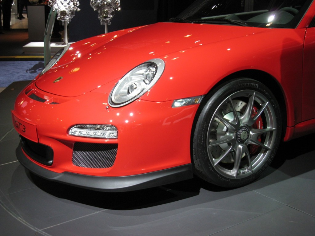 Porsche Shows Off 2010 911 GT3 At New York Auto Show