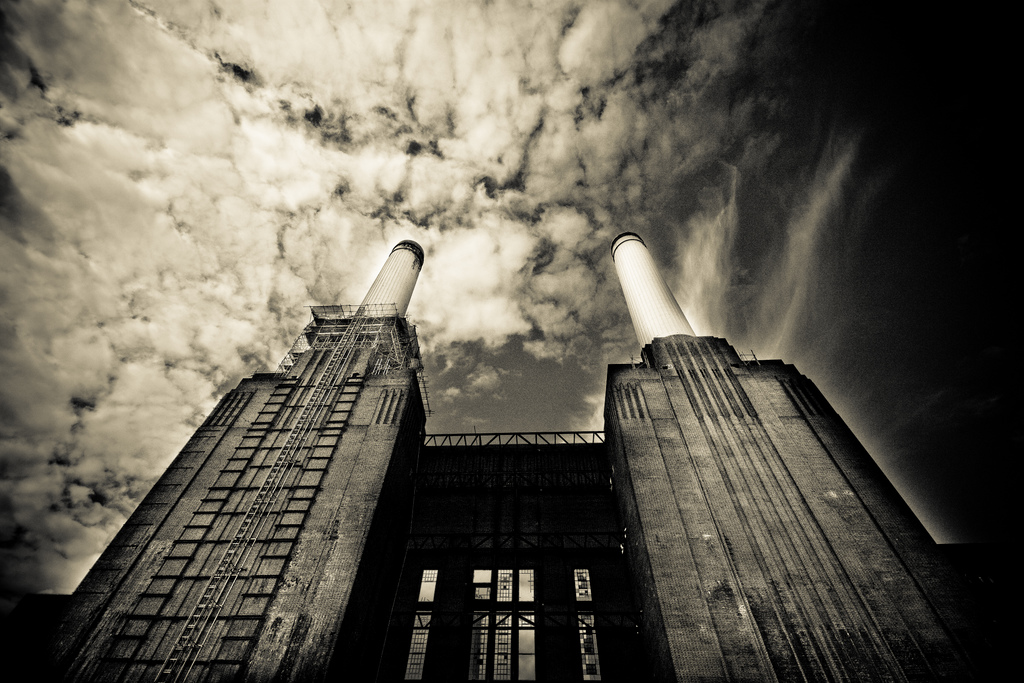 Power station - Image by Flickr user MacJewell, used under Creative Commons license