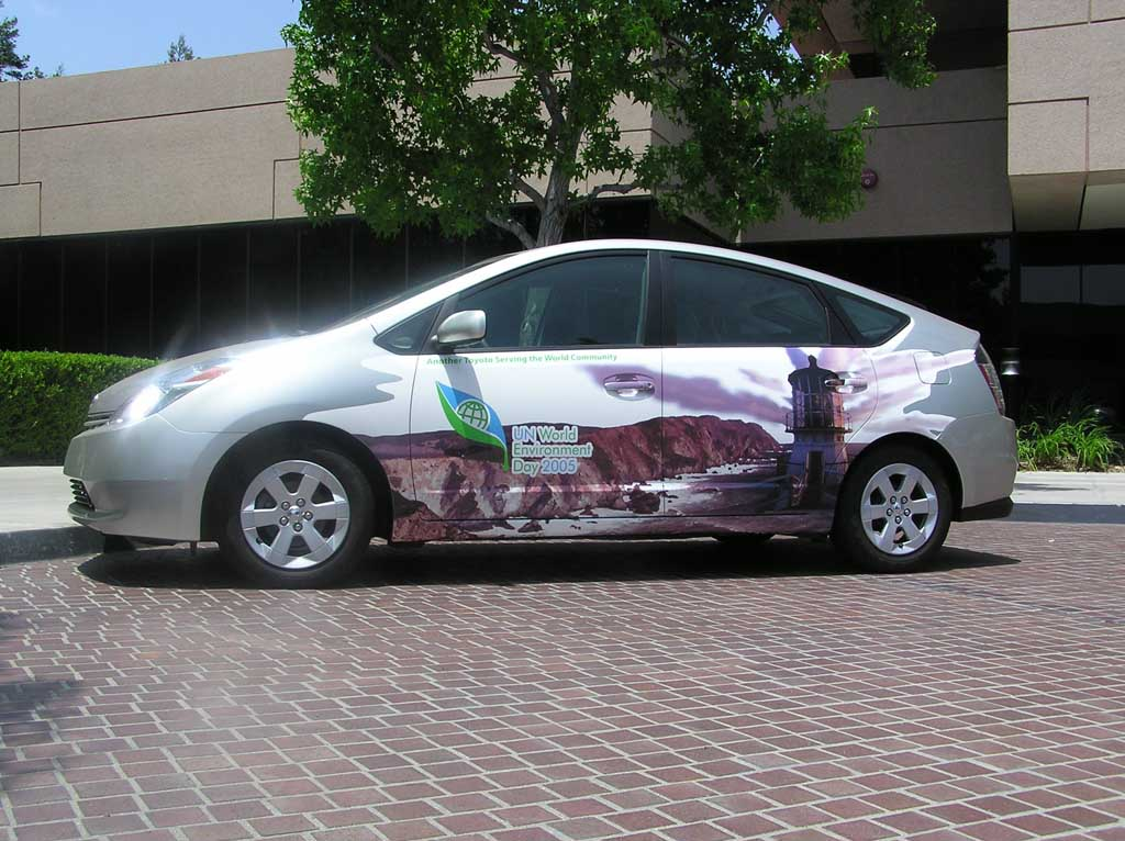 Prius with environmental message