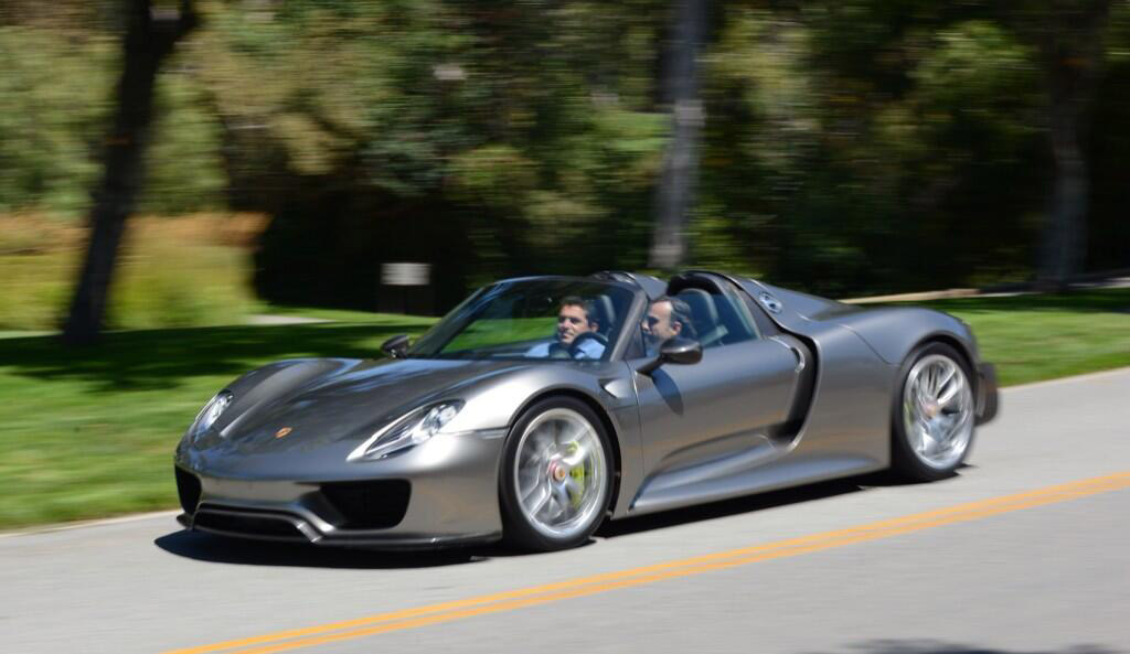 production porsche 918 spyder shows up at pebble beach. Black Bedroom Furniture Sets. Home Design Ideas