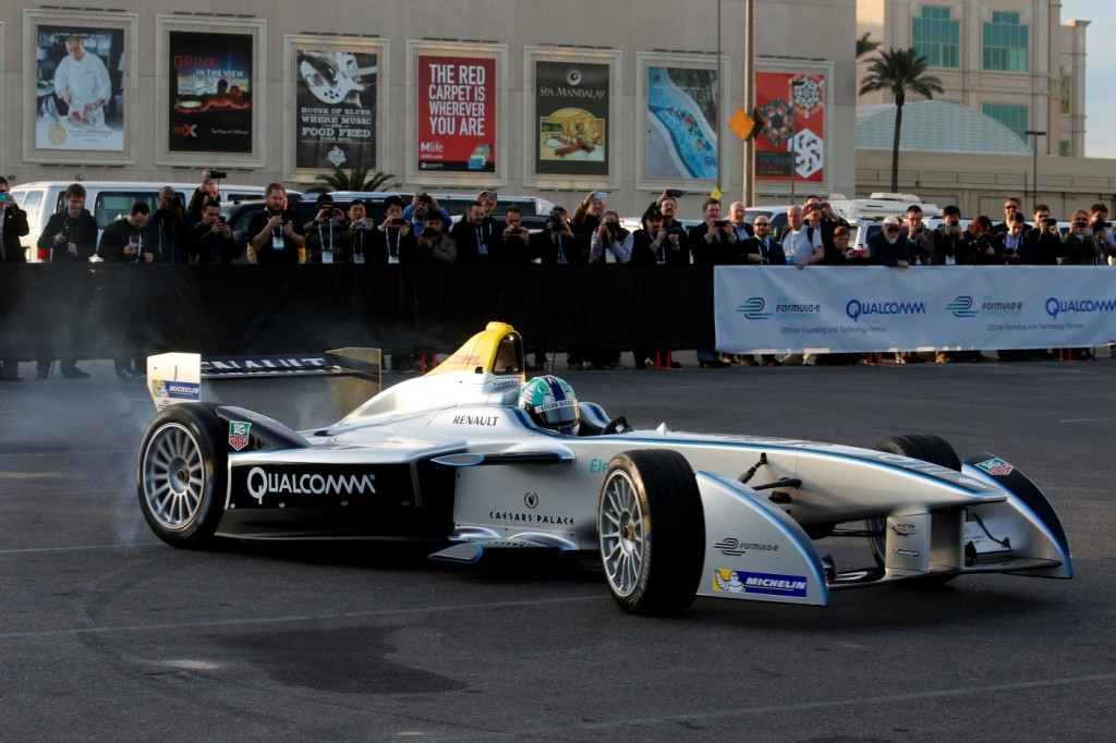 How Does Formula E ElectricCar Racing Work What You Need To Know
