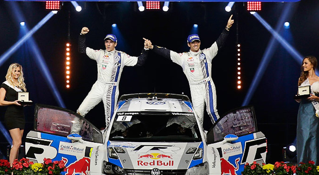 Sébastien Ogier (right) and co-driver Julien Ingrassia