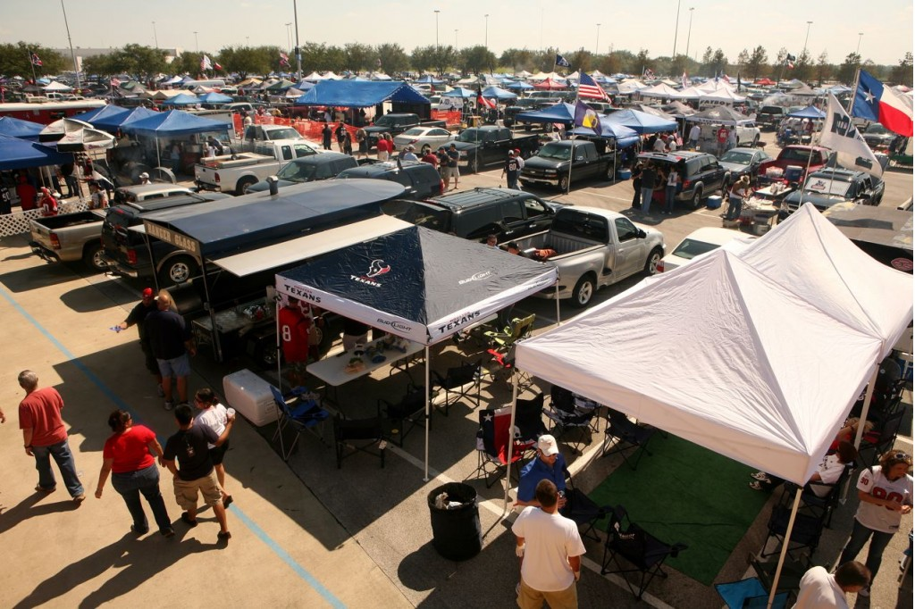 Tailgaters [via HoustonPress.com]
