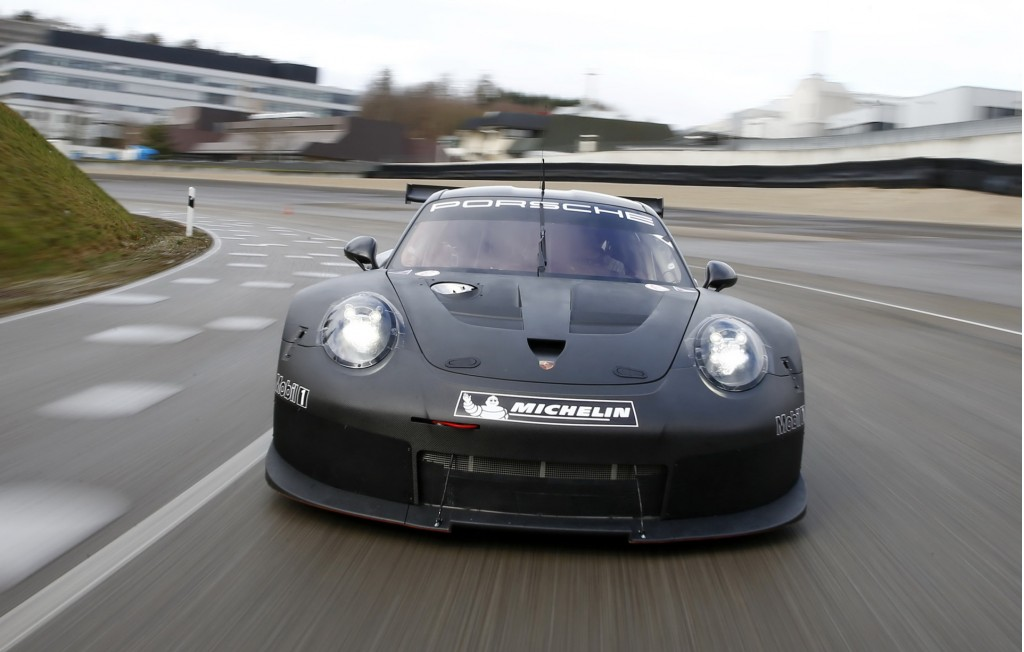 Excellent Image Teaser For 2017 Porsche 911 RSR Race Car Debuting