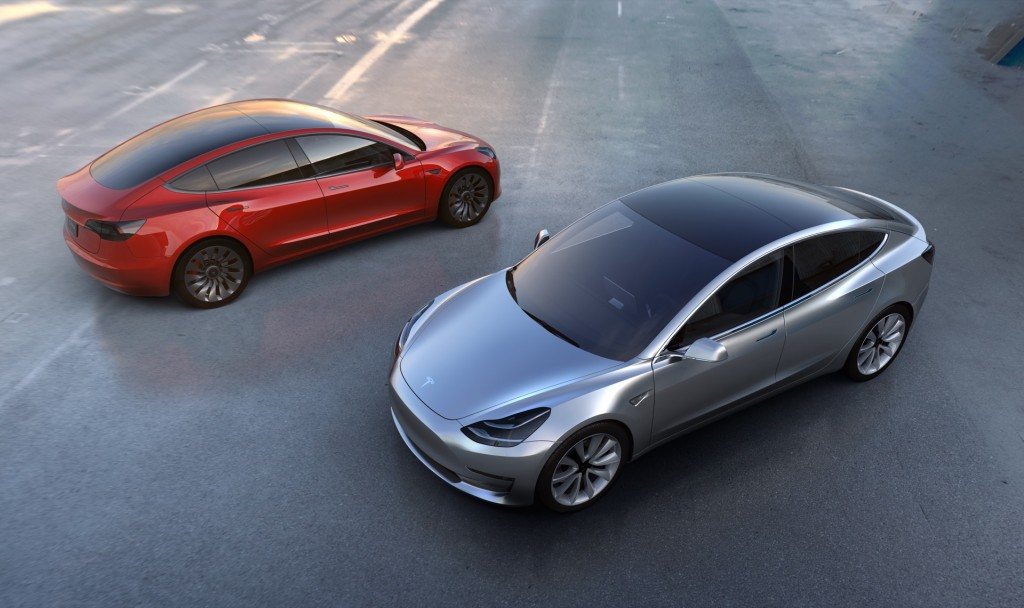 Tesla Model 3 will debut with only two options: color and wheels