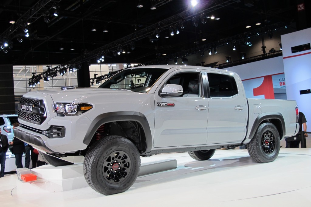 image 2017 toyota tacoma trd pro 2016 chicago auto show size 1024 x 683 type gif posted. Black Bedroom Furniture Sets. Home Design Ideas