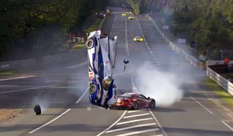 davidson s toyota flips in the air during le mans crash video. Black Bedroom Furniture Sets. Home Design Ideas