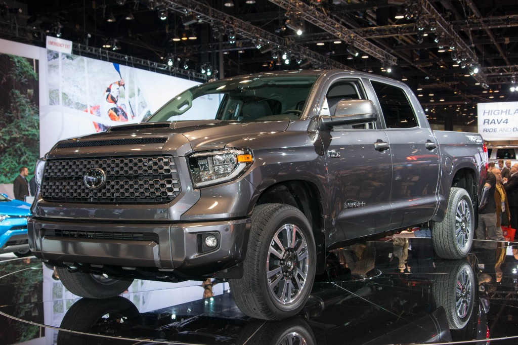 24 fantastic 2018 toyota tundra trd sport review first impressions. Black Bedroom Furniture Sets. Home Design Ideas