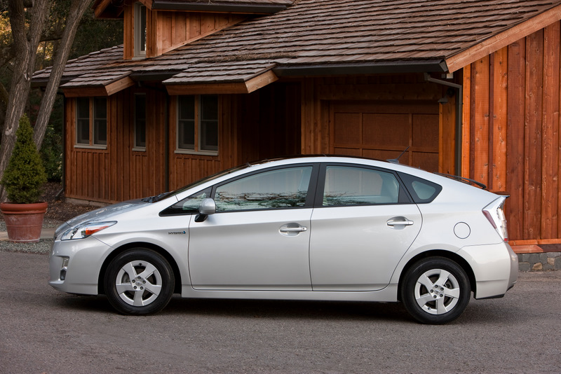 2010 toyota prius lexus hs recalled. Black Bedroom Furniture Sets. Home Design Ideas