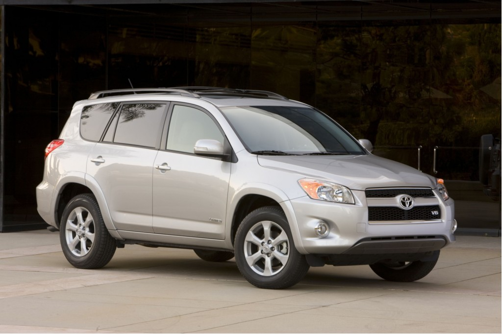 2006-2011 Toyota RAV4,  2010 Lexus HS 250h recalled for suspension issue (again): 337,000 affected