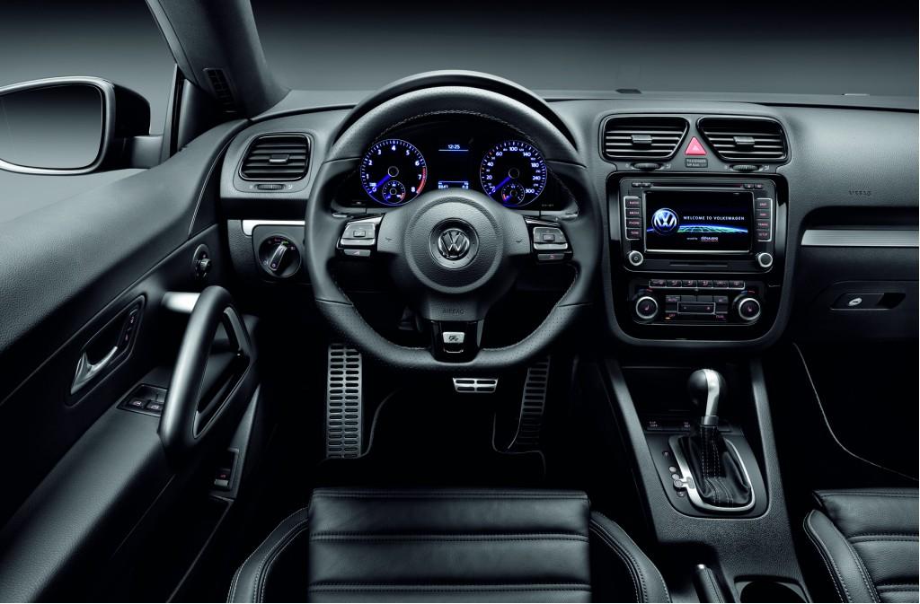2010 Volkswagen Scirocco R