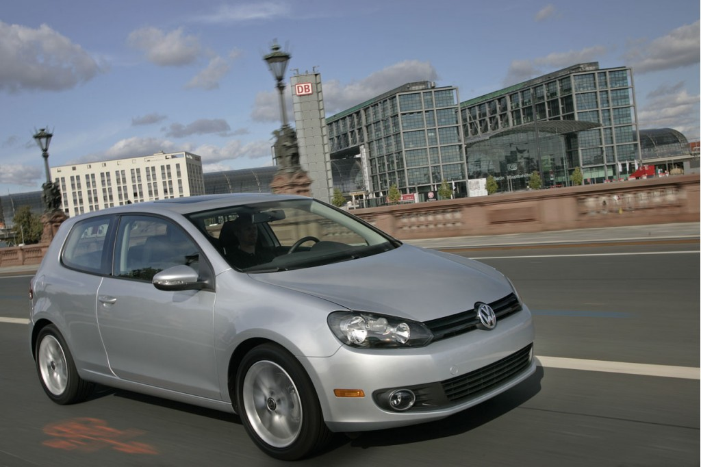 2009 12 volkswagen jetta tdi 2010 12 golf tdi models recalled. Black Bedroom Furniture Sets. Home Design Ideas