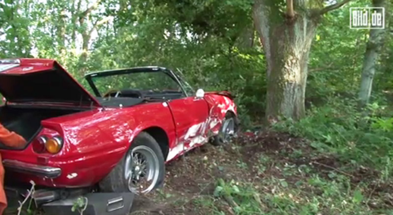 Wreckage of a 1971 Ferrari 365 GTB/4 Daytona Spider that crashed in Germany