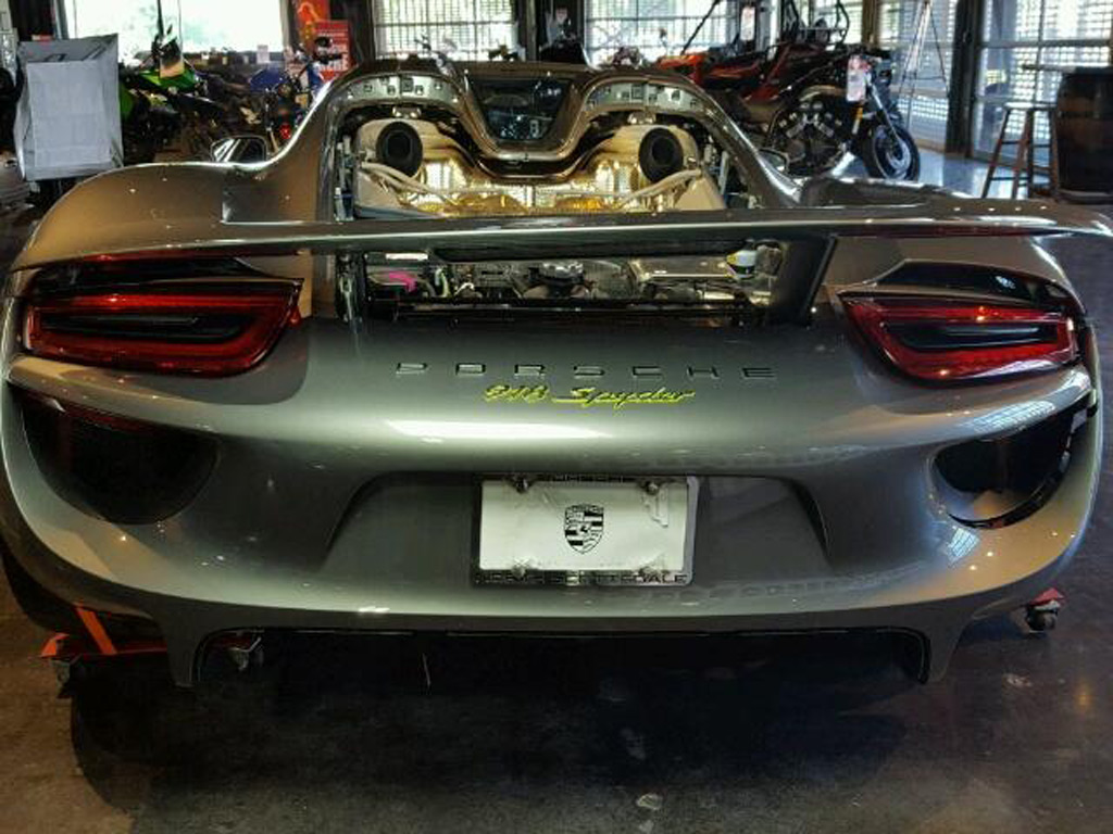 image wrecked porsche 918 spyder image via copart size 1024 x 768 type. Black Bedroom Furniture Sets. Home Design Ideas