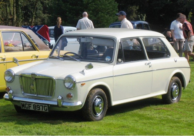 1969 MG 1300 (a slightly updated MG 1100), photographed in 2008 by Charles01, for public u