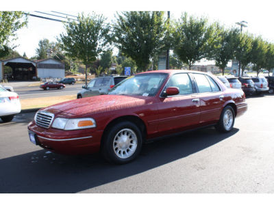 1999 Ford Crown Victoria used car