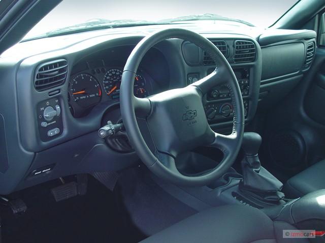 Chevrolet Blazer Dr Wd M on 2000 Chevy Malibu Rear