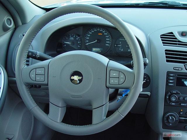 image 2005 chevrolet malibu 4 door sedan lt steering wheel size 640 x 480 type gif posted. Black Bedroom Furniture Sets. Home Design Ideas