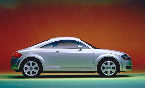 audi marks tt production milestone with new special edition. Black Bedroom Furniture Sets. Home Design Ideas