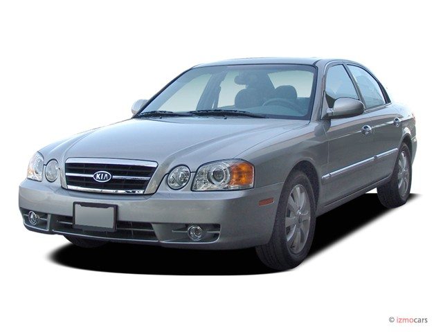 2004 Kia Optima 4-door Sedan EX Auto V6 Angular Front Exterior View