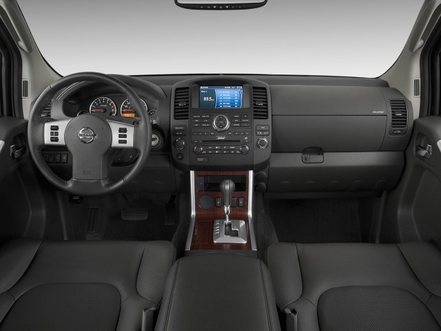 Image 2009 Nissan Pathfinder 4wd 4 Door V8 Le Dashboard