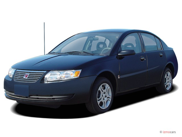 2006 Saturn Ion ION 2 4-door Sedan Manual Angular Front Exterior View