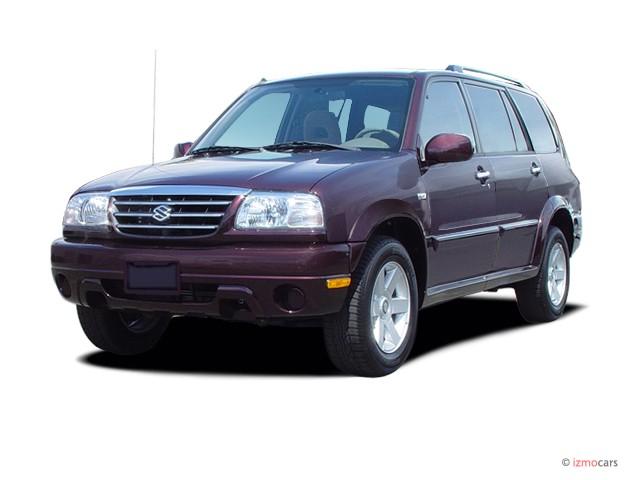 2003 Suzuki XL-7 4-door Touring Manual 2WD Angular Front Exterior View