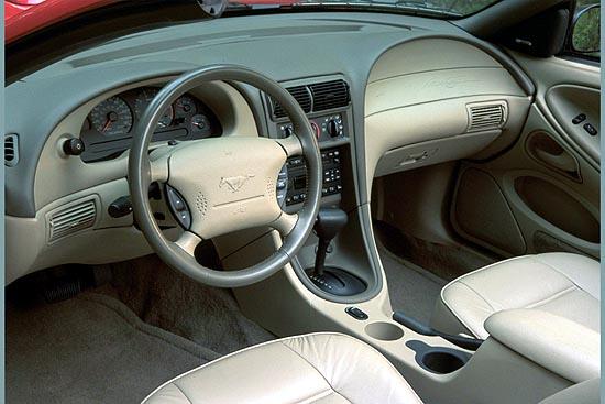 Image Gallery 2001 Mustang Interior