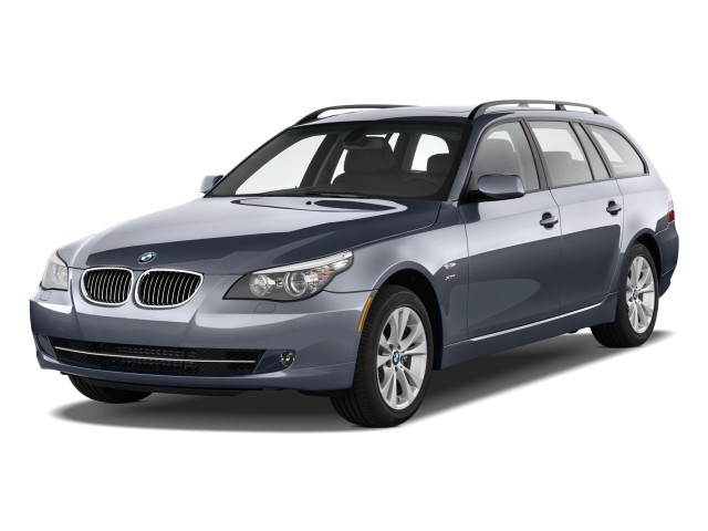 2010 BMW 5-Series 4-door Sports Wagon 535i xDrive AWD Angular Front Exterior View