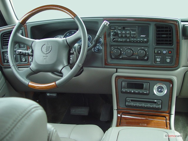 Image 2003 Cadillac Escalade Ext 4 Door Awd Dashboard