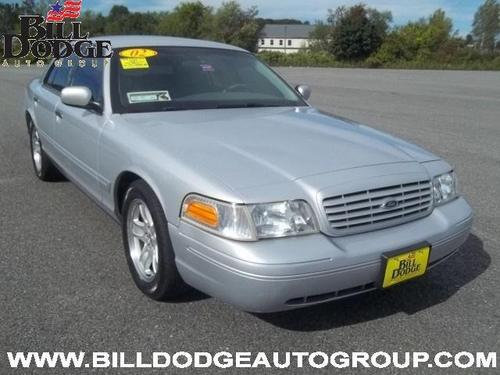 2002 Ford Crown Victoria used car