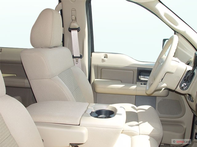"""Image: 2005 Ford F-150 SuperCrew 139"""" XLT Front Seats ..."""