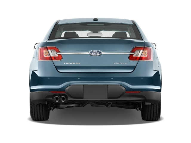 2010 Ford Taurus 4-door Sedan Limited FWD Rear Exterior View