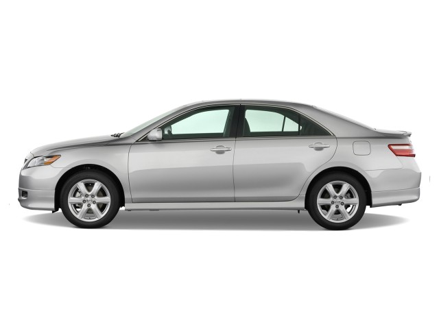 image 2009 toyota camry 4 door sedan v6 auto se natl side exterior view s. Black Bedroom Furniture Sets. Home Design Ideas