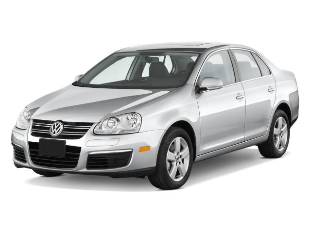 2009 Volkswagen Jetta Sedan 4-door Auto SE Angular Front Exterior View