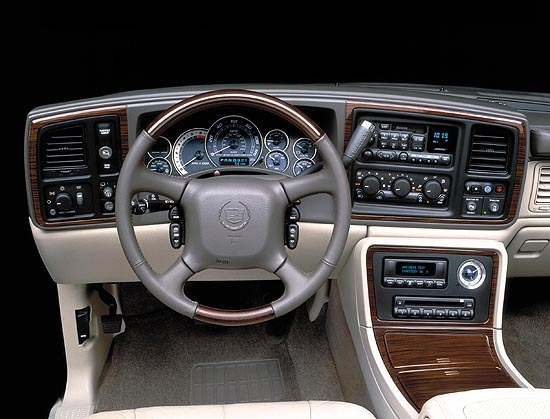 Image 2002 Cadillac Escalade Interior Size 550 X 419 Type Gif Posted On December 31 1969