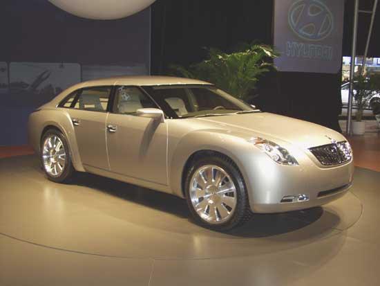 2002 Hyundai HCD-7 Equus concept