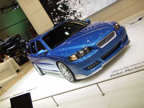 2002 Volvo Performance Concept Car 2