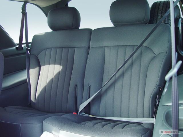 Image 2004 Chevrolet Blazer 2 Door Xtreme Rear Seats